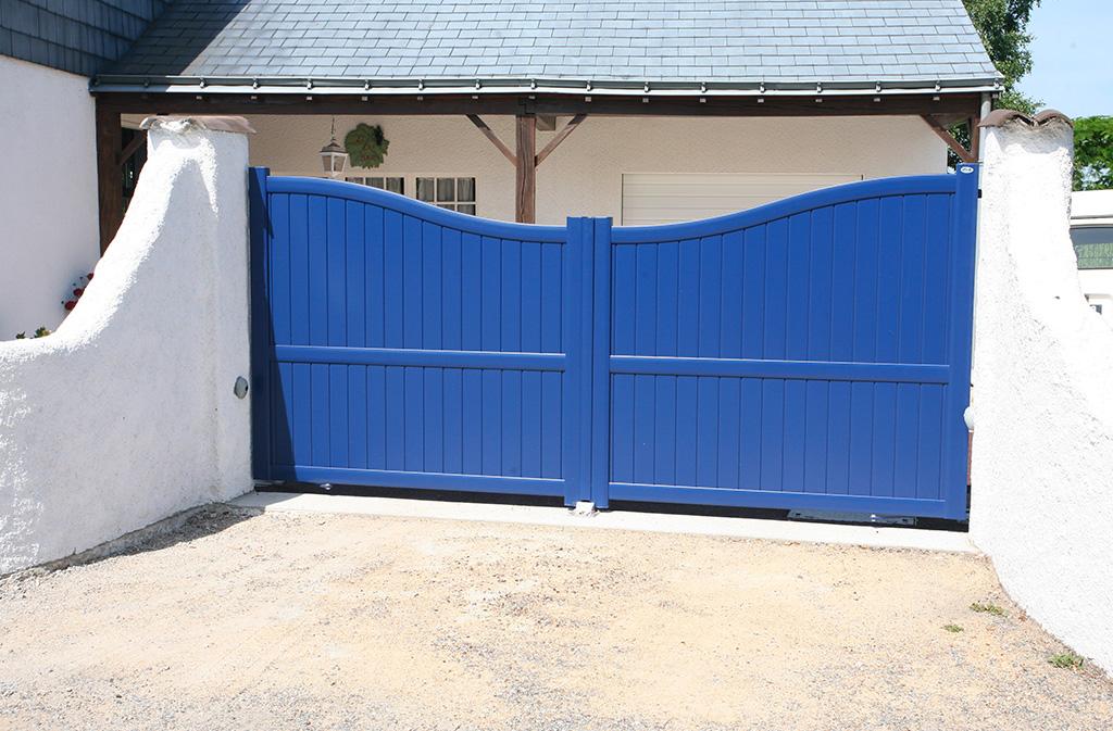 Portail bois bleu